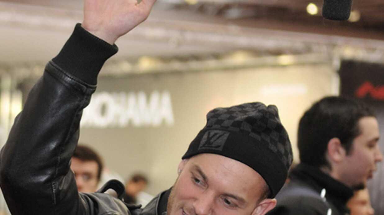 PHOTOS M Pokora au Salon du Paris Tuning Show