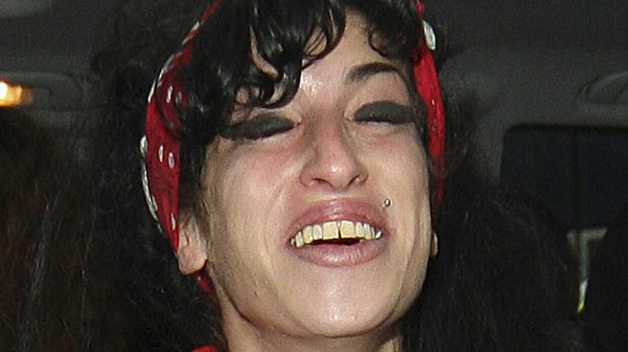 PHOTOS: Amy Winehouse emménage dans sa nouvelle maison