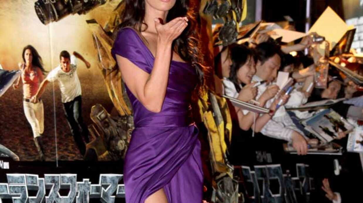 LOOK Megan Fox très sexy pour Transformers 2