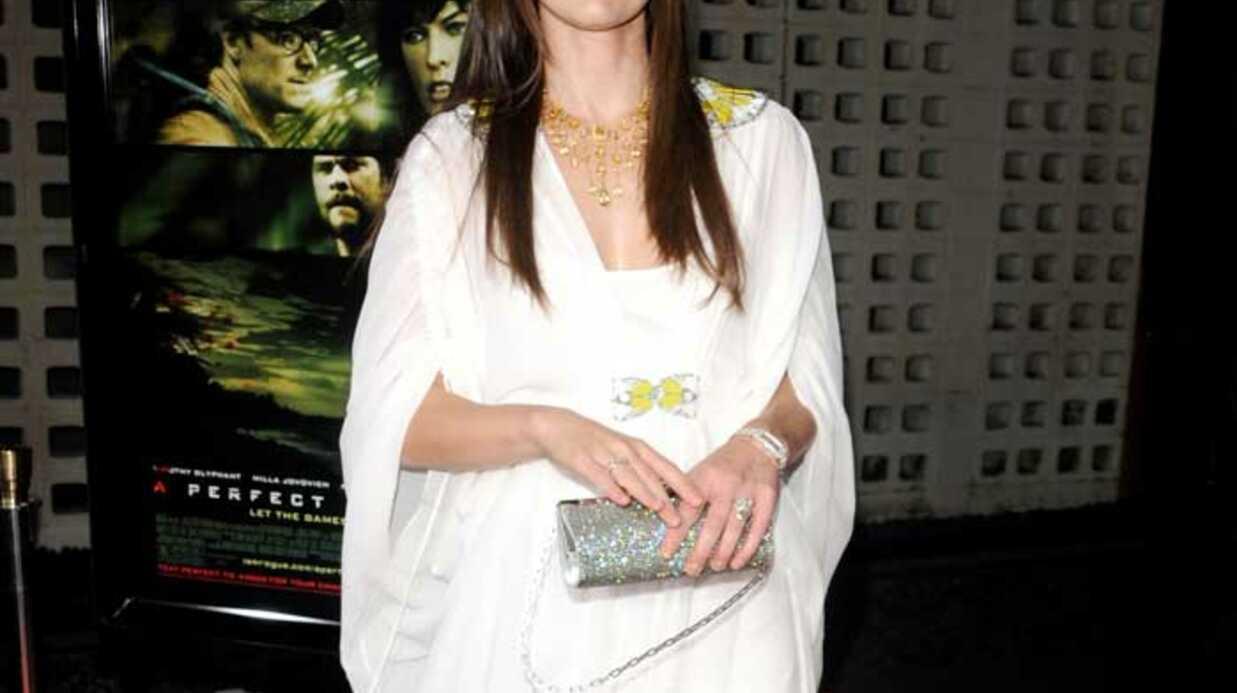 LOOK Milla Jovovich resplendissante en drapé grec
