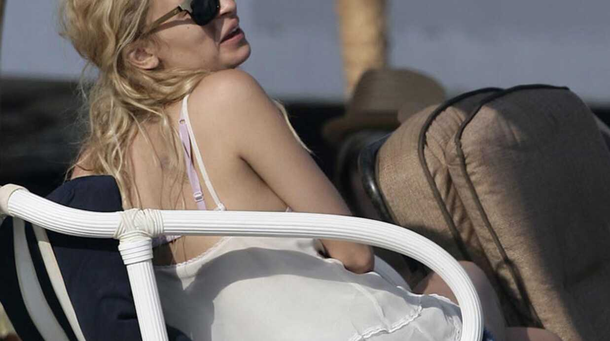 Nicole Richie fête le 4 juillet au bord de l'eau