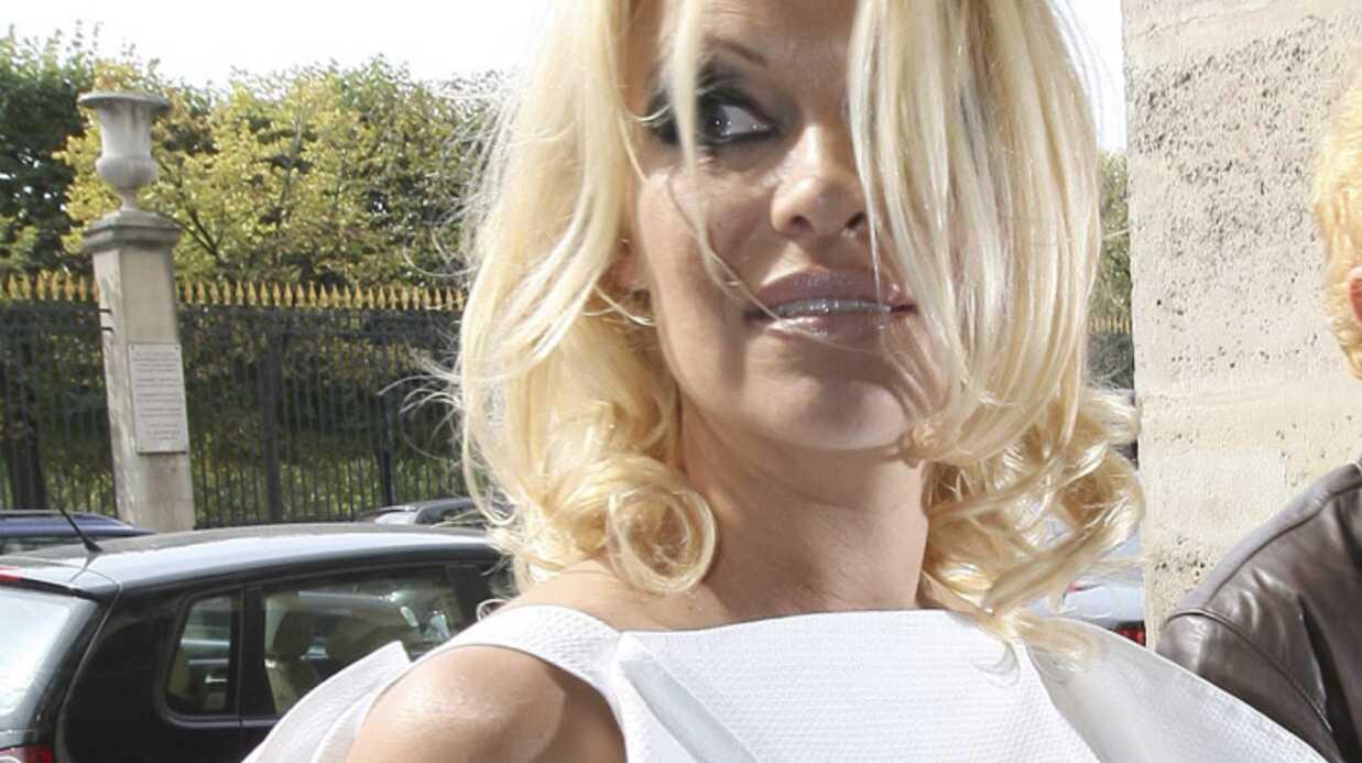Pamela Anderson en promotion à Paris