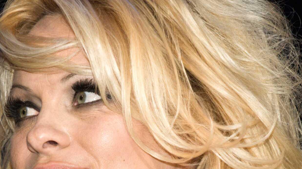 Pamela Anderson Super-Assistante!