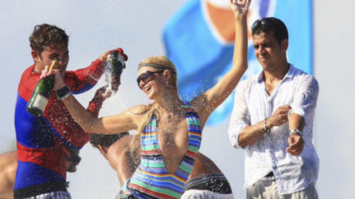 PHOTOS Paris Hilton déchaînée à Saint Tropez