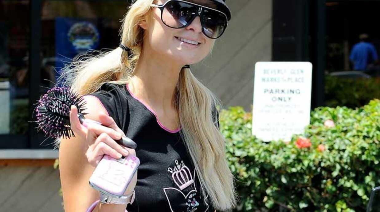 PHOTOS Paris Hilton, Barbie au supermarché