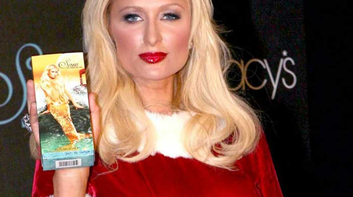 PHOTOS Paris Hilton en mère Noël sexy