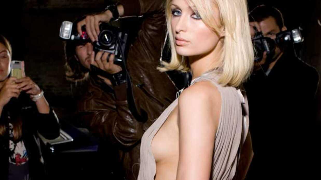 LOOK Paris Hilton dévoile sa collection de sacs à mains