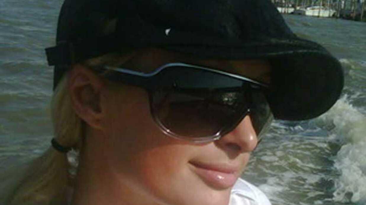 PHOTOS Paris Hilton vient d'arriver à la Mostra Venise
