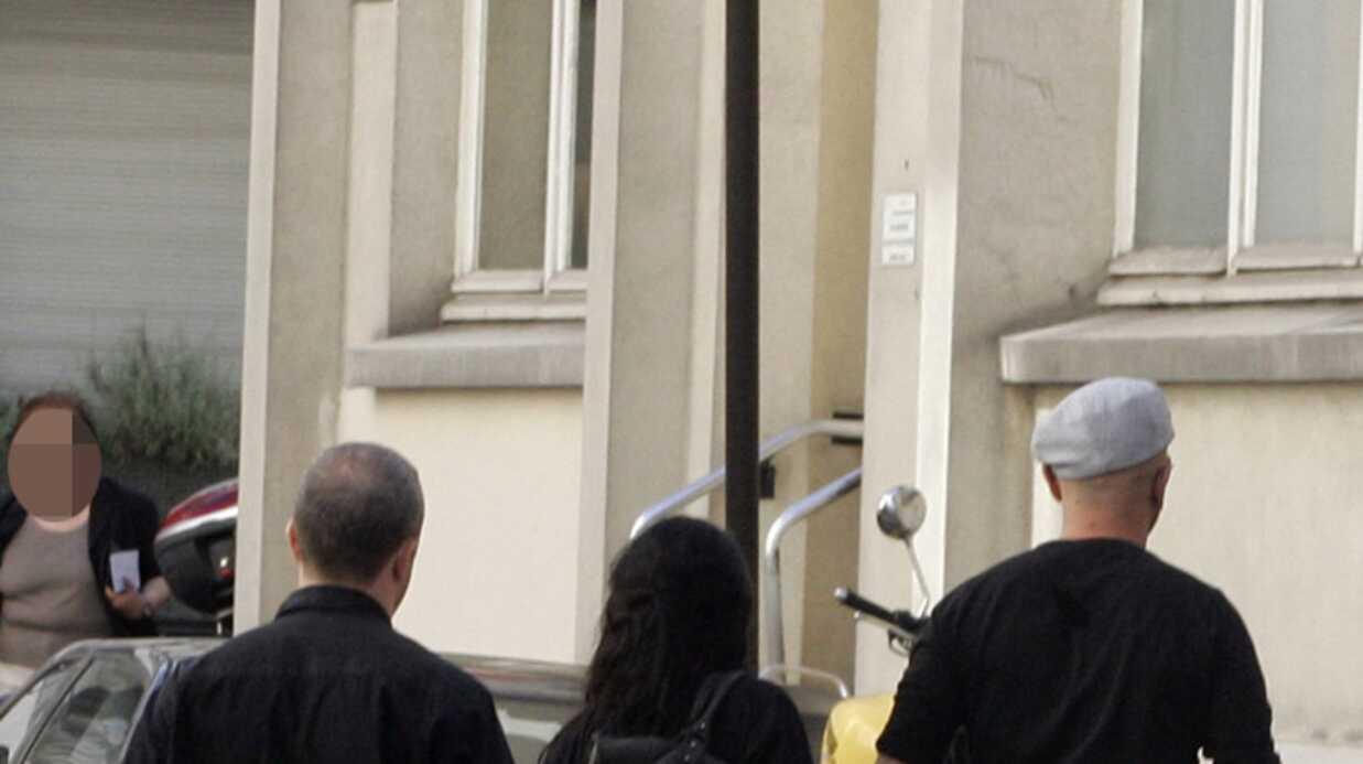 EXCLU VOICI – Toutes les photos de la libération de Pascal Obispo et Jenifer