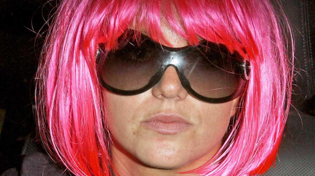 Britney Spears La chanteuse tente de passer inaperçue!
