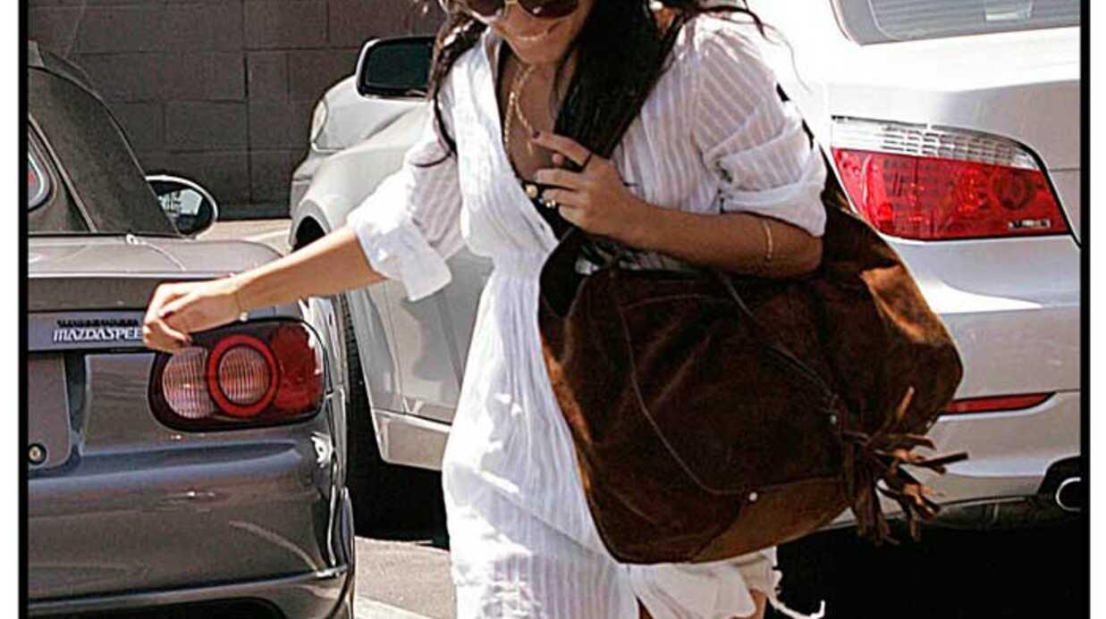 LOOK Vanessa Hudgens complètement accro aux sacs