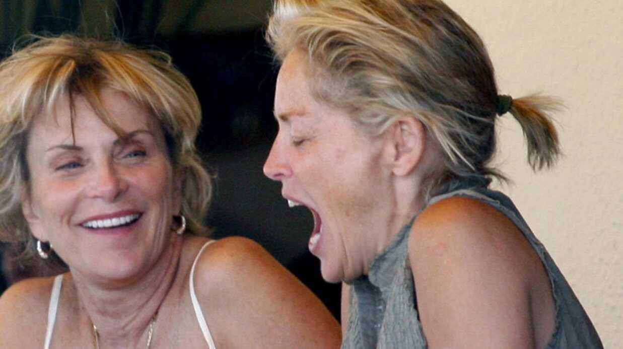 Sharon Stone est sexy même quand elle mange