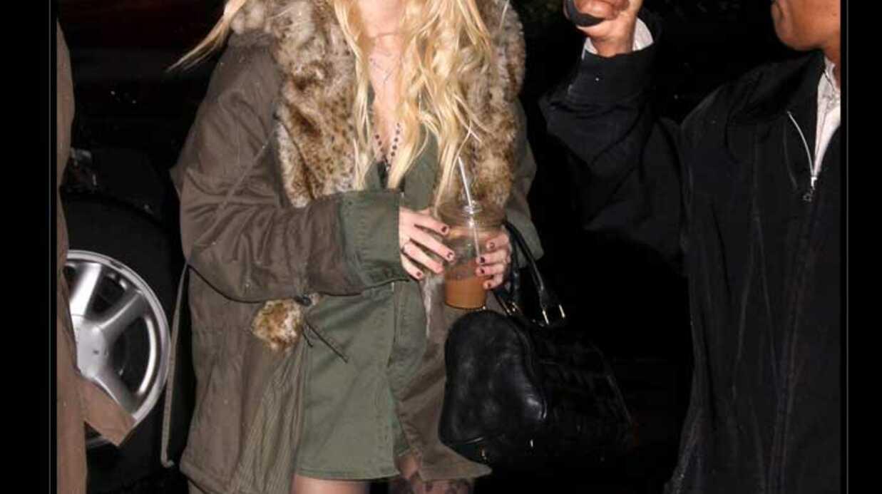 LOOK Taylor Momsen de Gossip Girl et ses bas top