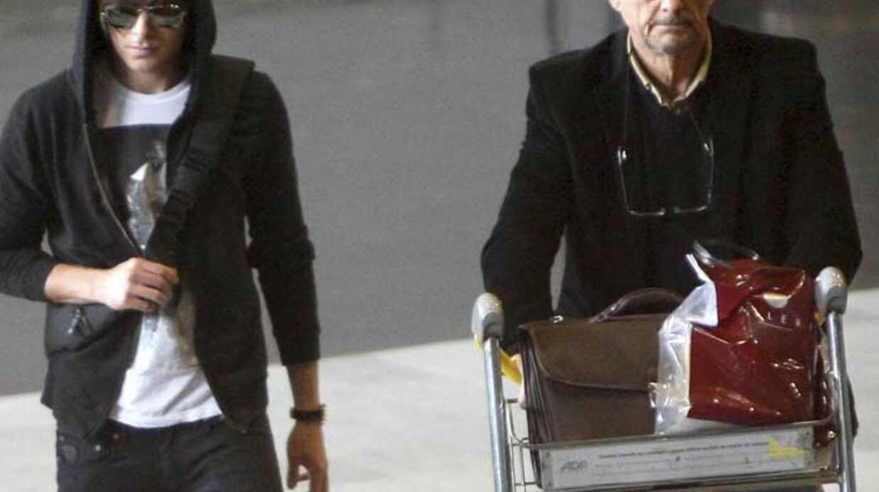 PHOTOS Zac Efron arrive à Paris