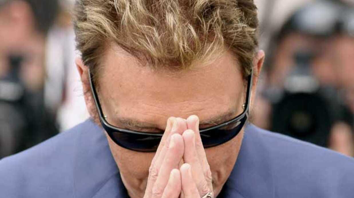 URGENT  Johnny Hallyday dans «un coma artificiel»
