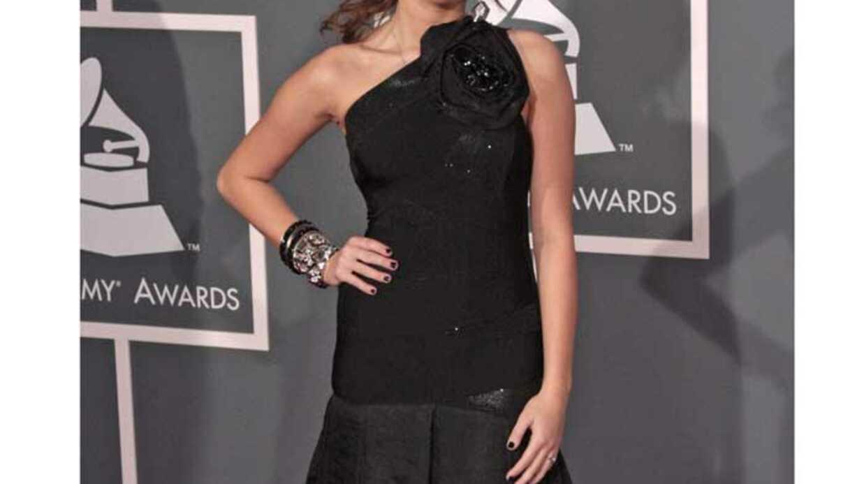 LOOK Miley Cyrus très élégante au Grammy Awards