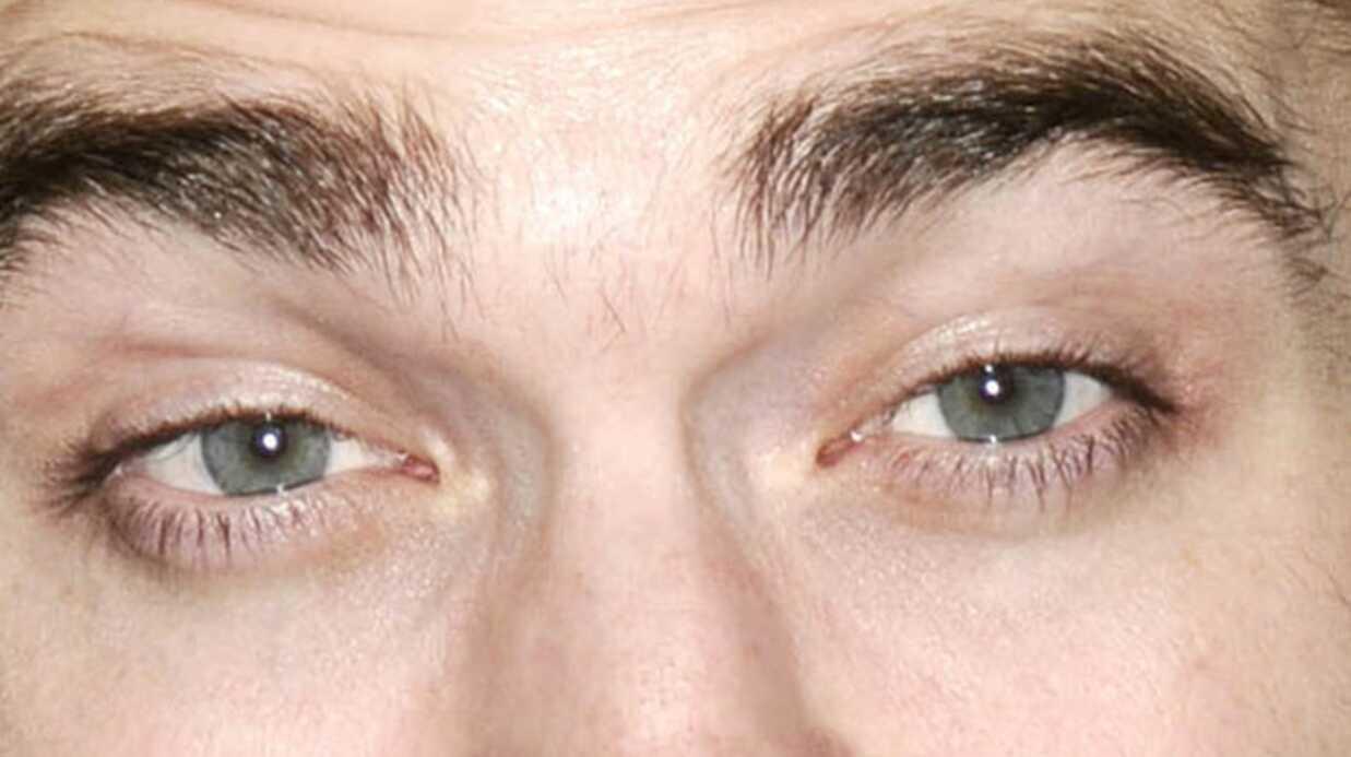 Robert Pattinson se faisait frapper dans sa jeunesse