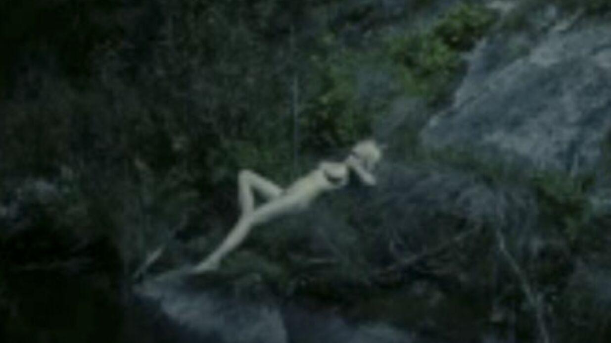 VIDEO Kirsten Dunst nue et déprimée