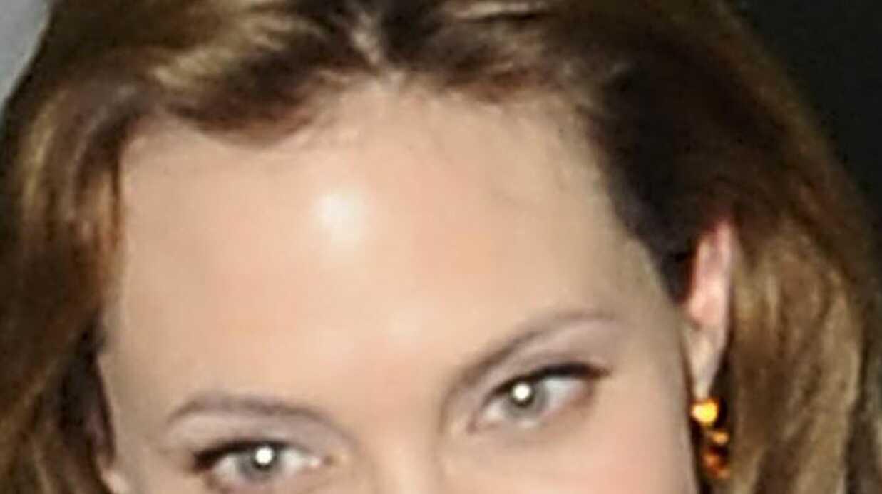 Angelina Jolie: un tattoo secret pour Brad Pitt