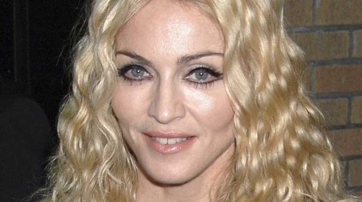 EXCLU: Madonna 100 000 dollars pour adopter Mercy