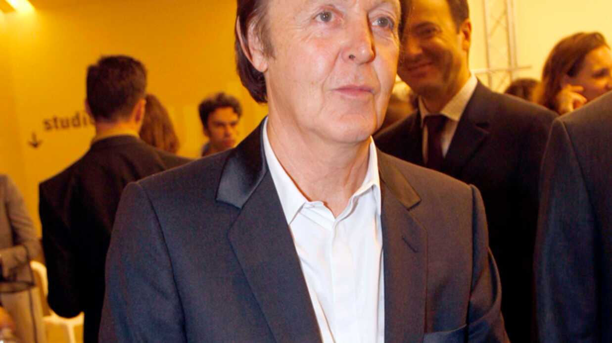 Paul McCartney Pass' le oinj!