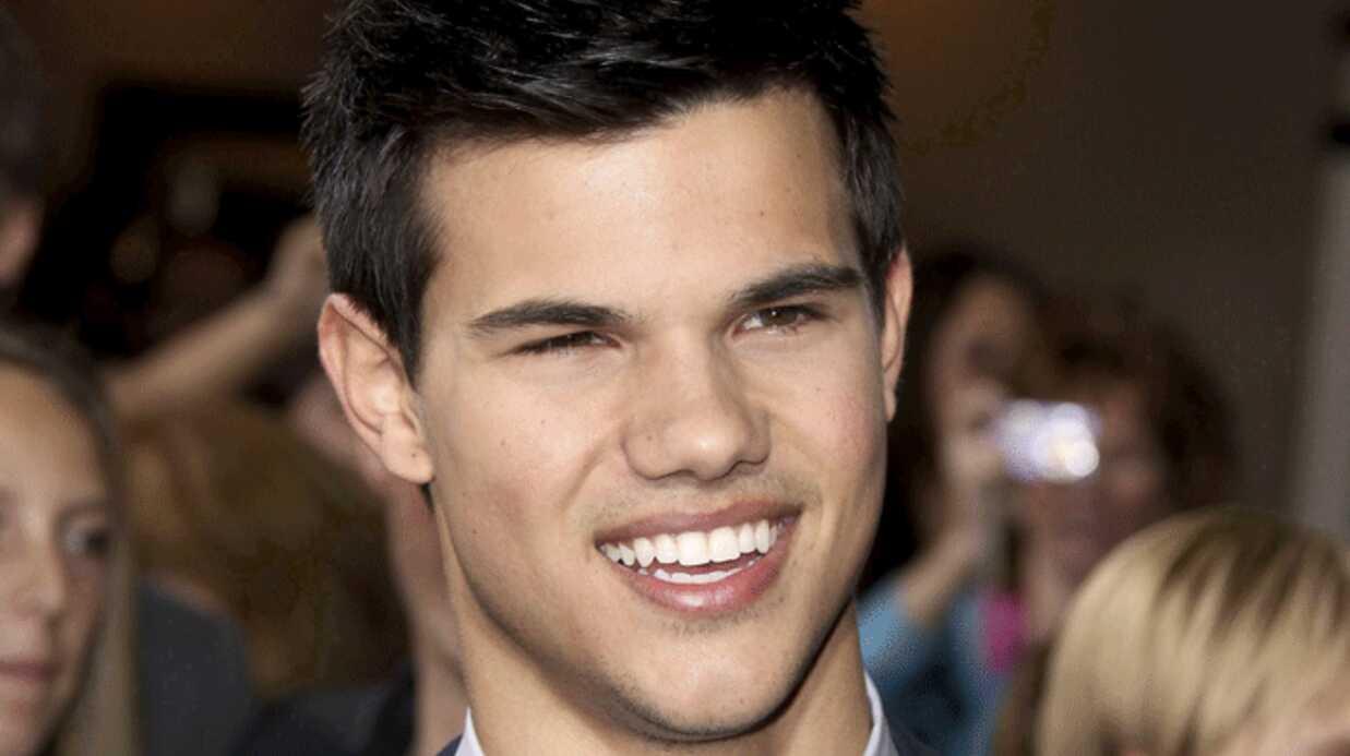 Taylor Lautner: il est vivant!!
