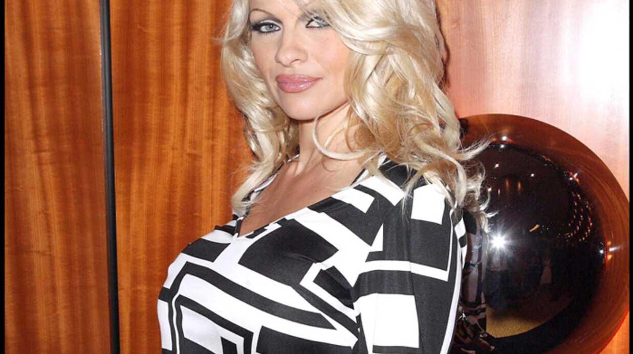 Pamela Anderson Solidaire de Brigitte Bardot