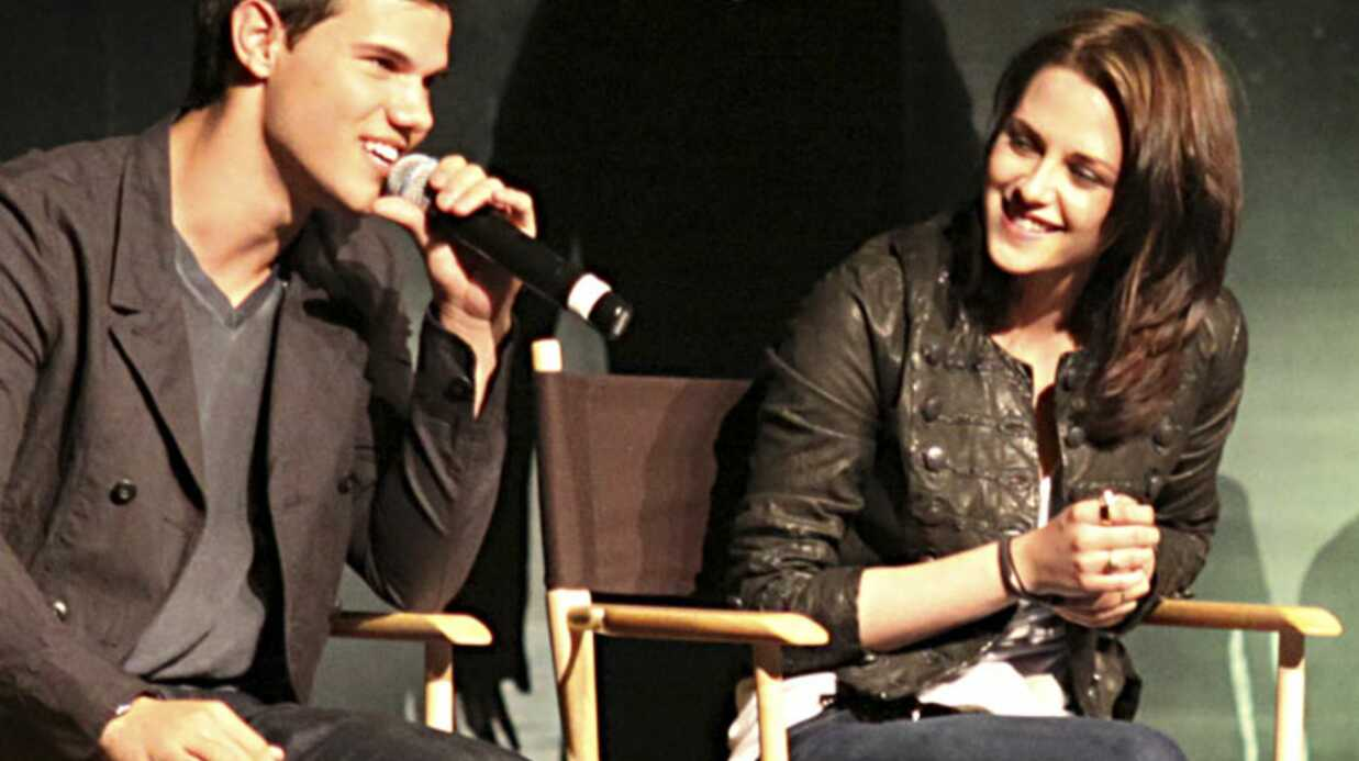 Twilight : Kris­ten Stewart, son baiser hot avec Taylor Laut­ner