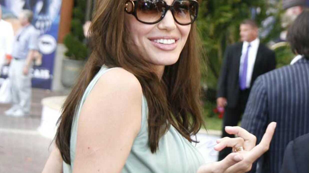 Angelina Jolie Accouchement imminent!