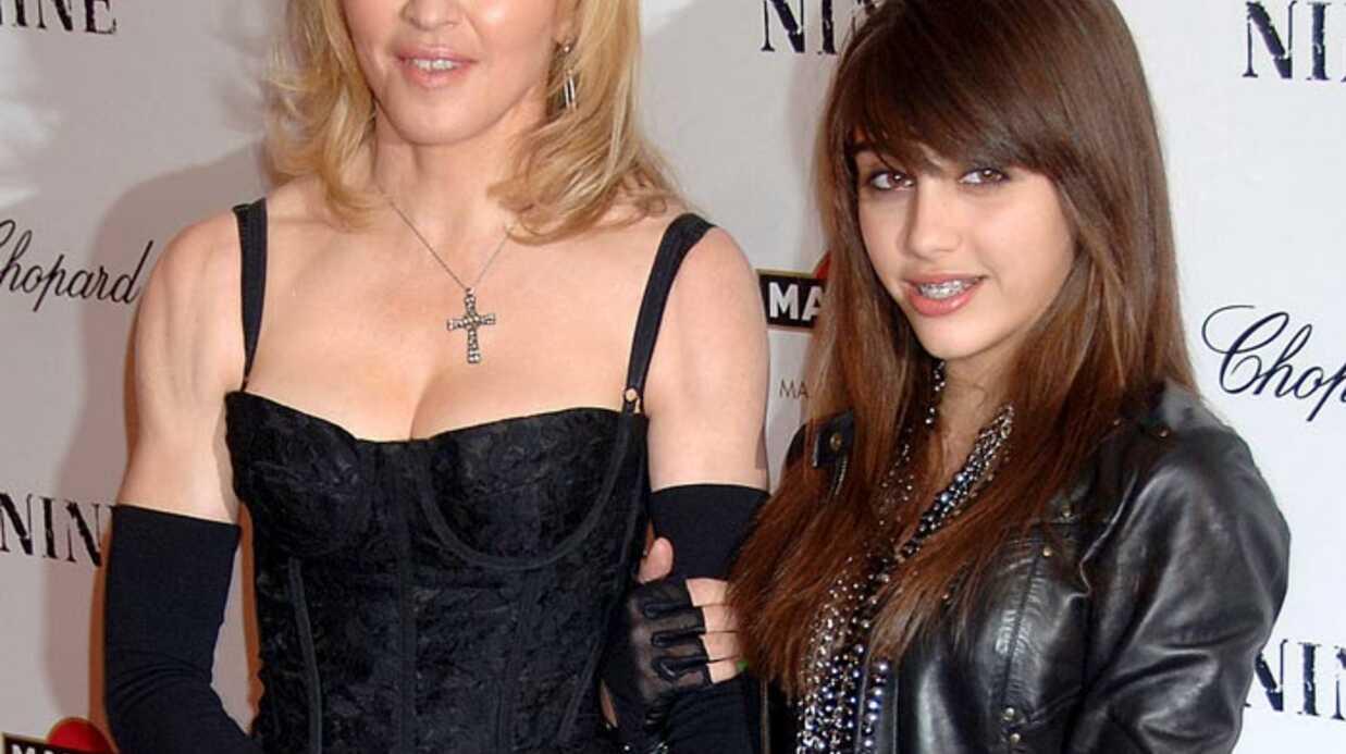 Madonna fiche la honte à Lourdes