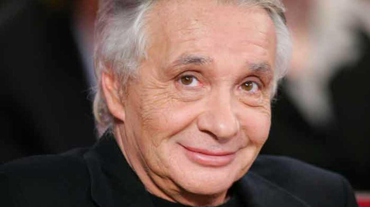 Michel Sardou défend les paparazzi et clashe Johnny hallyday
