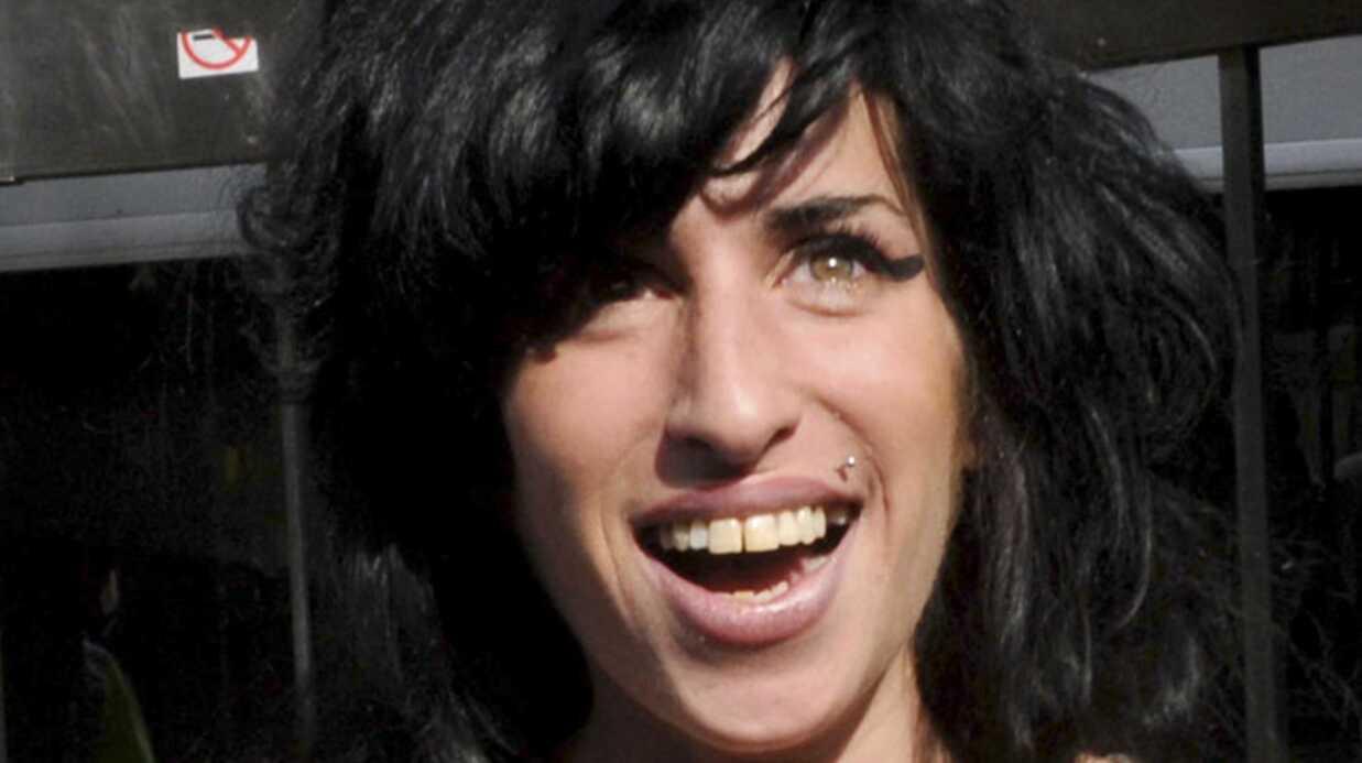 Amy Winehouse plaide non-coupable pour l'affaire d'agression
