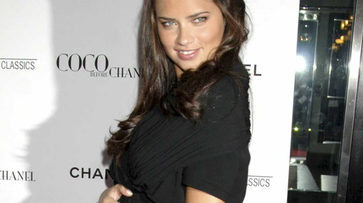 Adriana Lima est maman d'une petite fille
