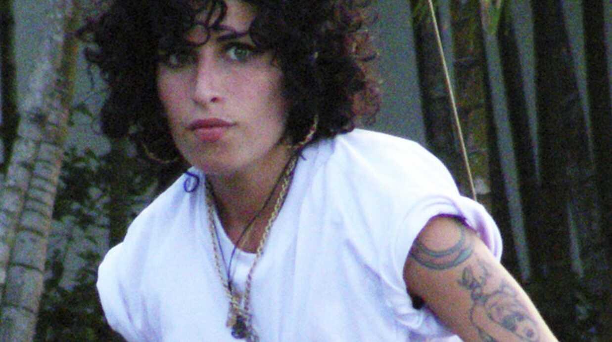 Amy Winehouse et Blake Fielder-Civil: divorce confirmé