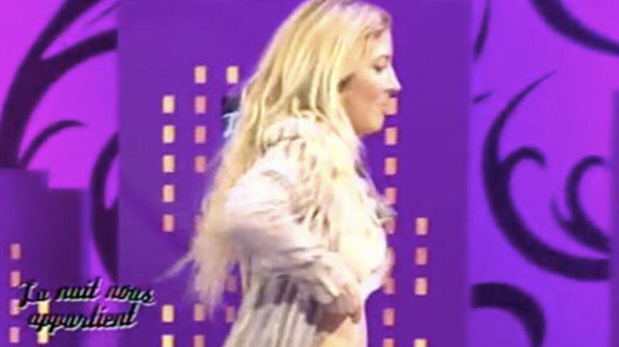 VIDEO Loana montre (encore) ses seins à la télévison