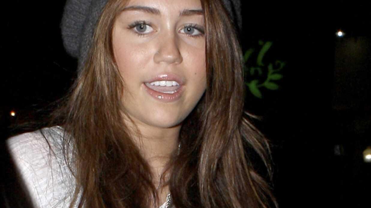 Miley Cyrus: la vidéo où elle chante faux