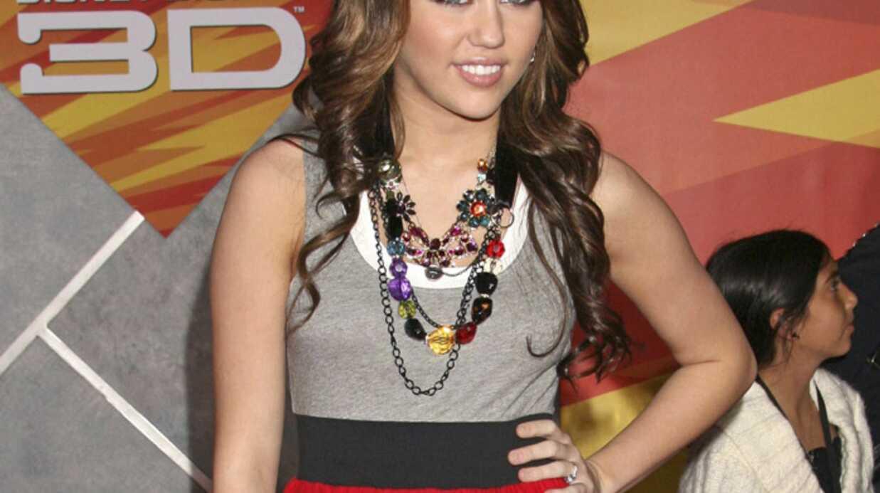 Miley Cyrus furieuse après l'homme qui a annoncé sa mort