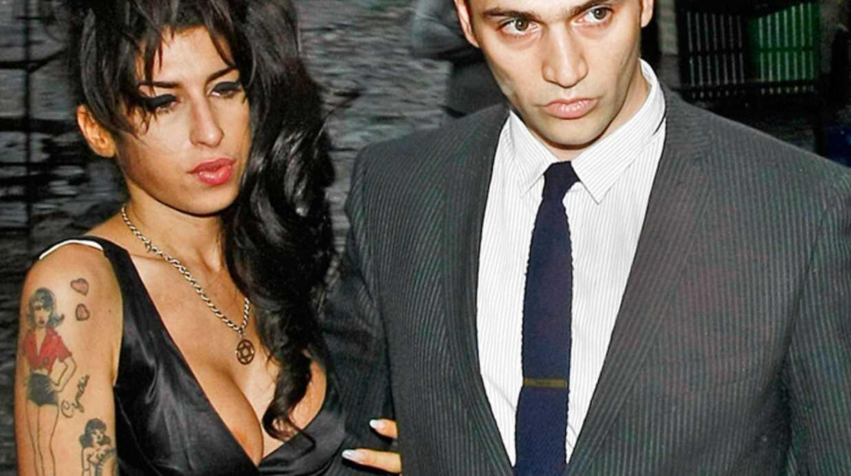 Amy Winehouse allait se marier avec Reg Traviss