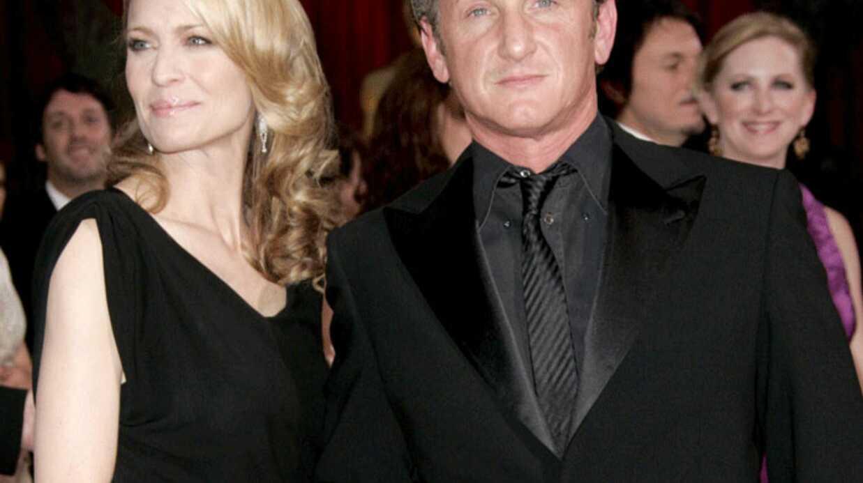 Sean Penn divorce pour divergences irréconciliables