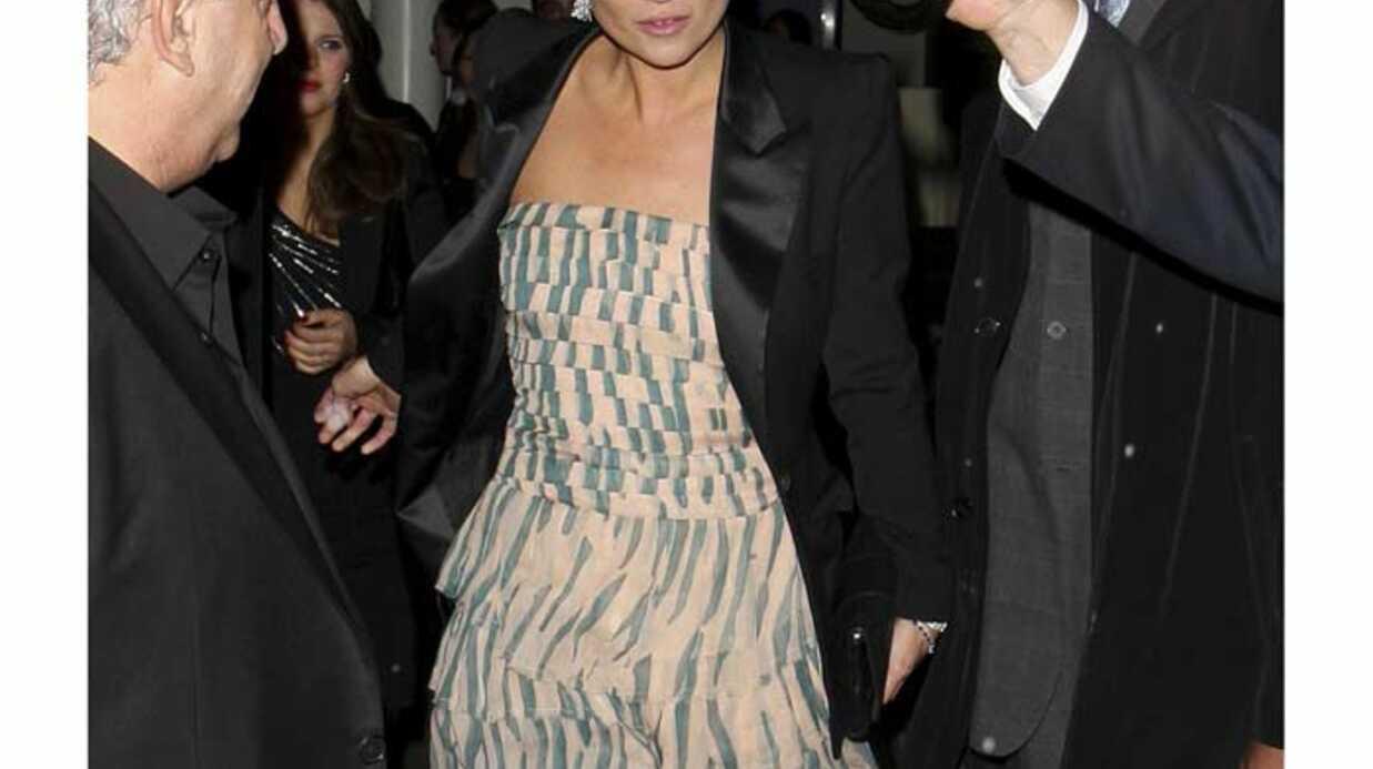 LOOK Un joli mélange de style pour Kate Moss