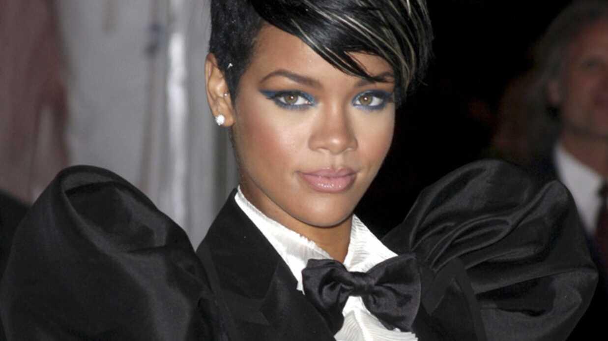 Rihanna: ses photos nues l'empêchent de faire la Une de Vogue