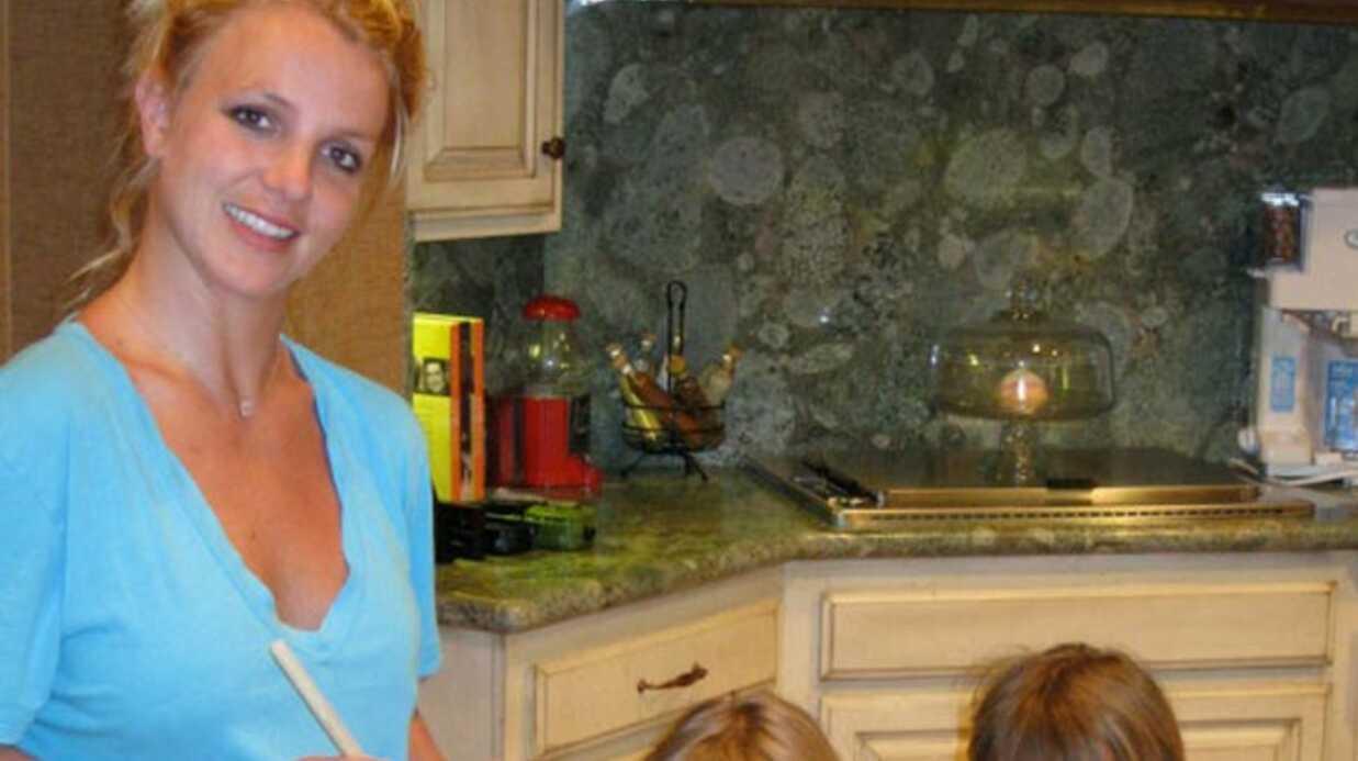PHOTO Britney Spears: maman poule avec ses garçons