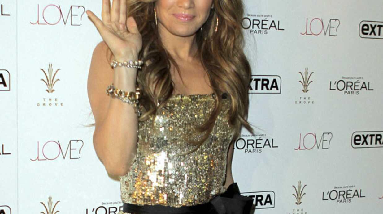 LOOK Jennifer Lopez brille de mille feux