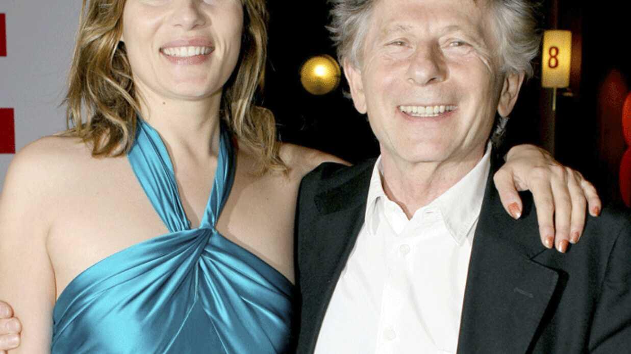 Affaire Polanski: Emmanuelle Seigner repousse la sortie de son album