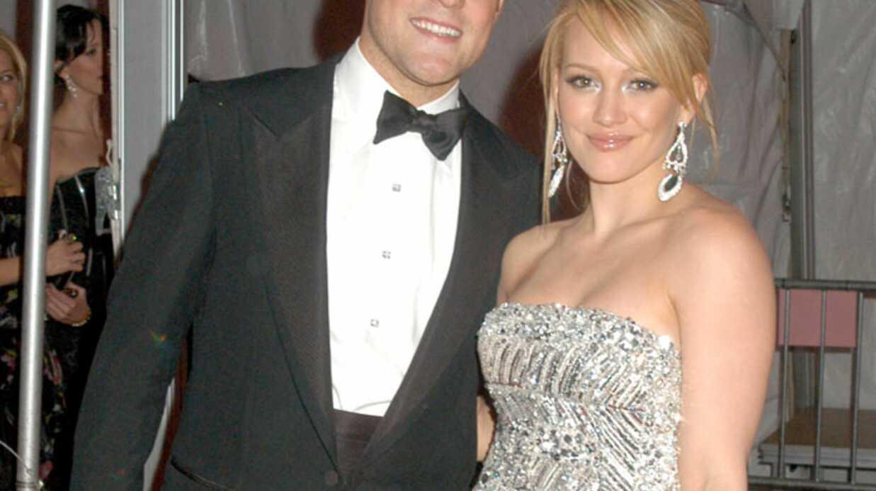 Hilary Duff: fiancée au hockeyeur Mike Comrie