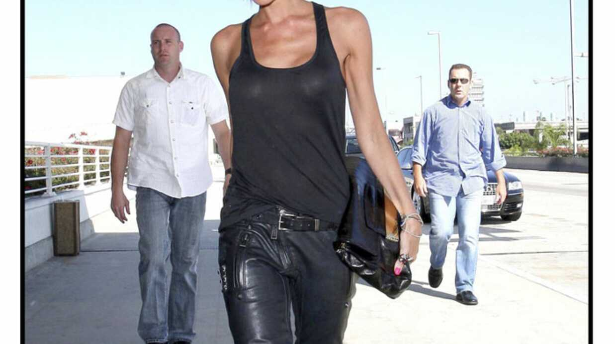 LOOK Victoria Beckham en cuir