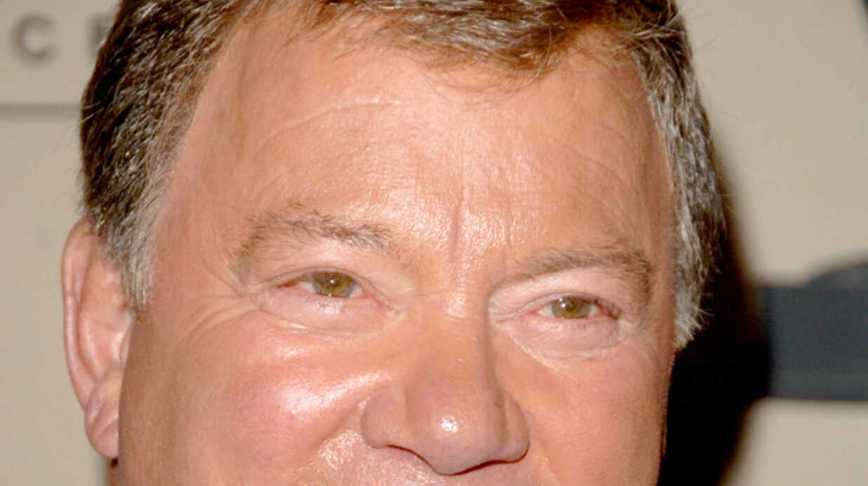 William Shatner Le Captain Kirk fait la tête!