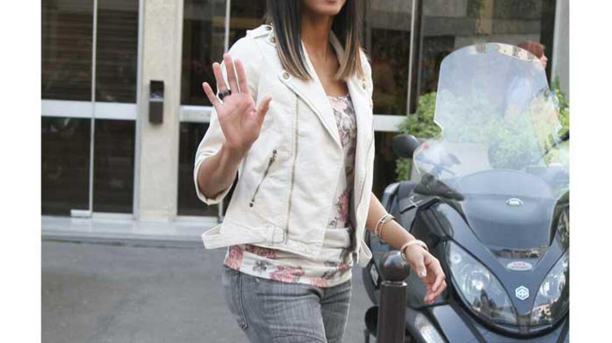 LOOK Ciara sexy avec son perfecto blanc