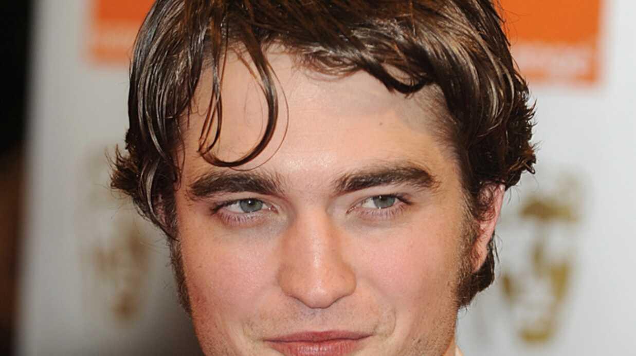 LOOK Robert Pattinson a changé de coiffure