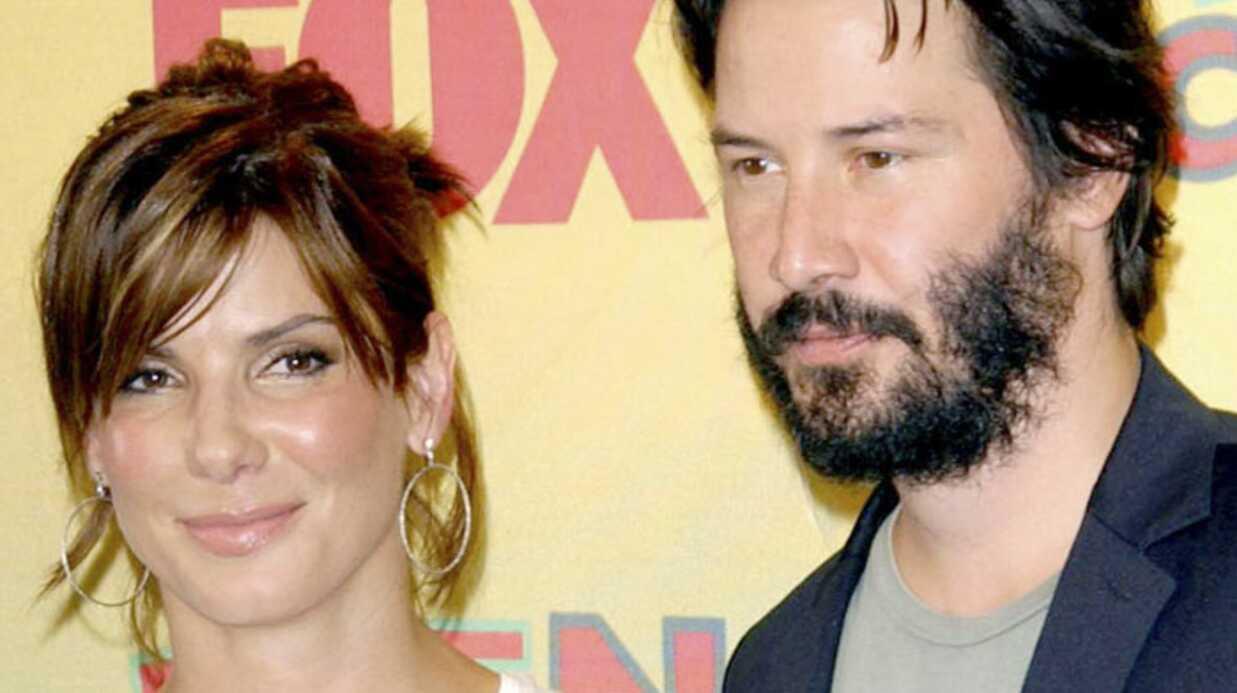 Sandra Bullock trompée se console auprès de Keanu Reeves